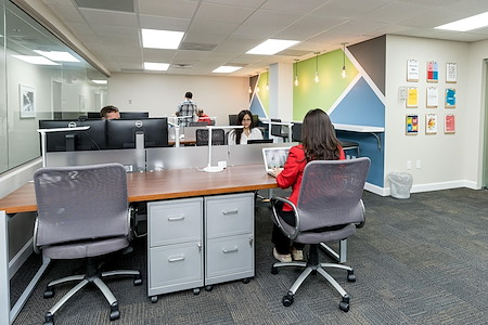 Lakeside Executive Suites - Dedicated Desk