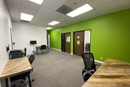 StageOne Creative Spaces: Milpitas - Drop-in Desk 1