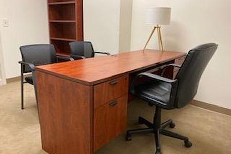 (DEN) Belcaro Place - Elegant Executive Suite