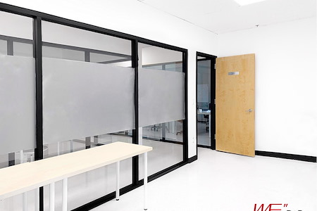 DoBe WE Co working office - Suite 2037