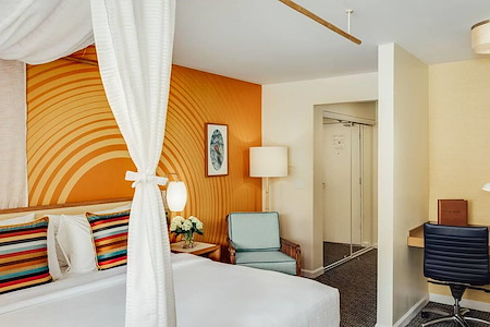 Wild Palms Hotel - Wild Palms Sleeping Room