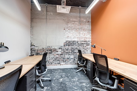 The Loop 215 - Powered by 25N - Private Office 127