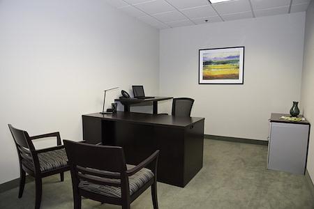 AEC - Malvern - Office for 1