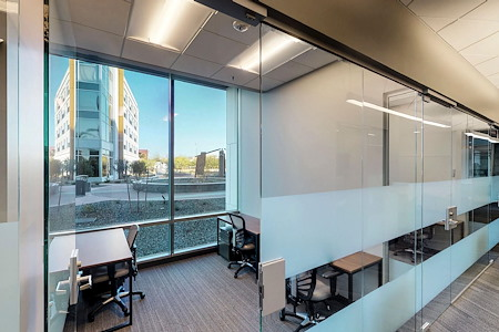Workuity Chandler Viridian - 3 Person office