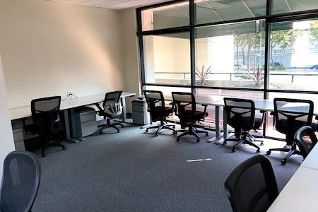 BootUP - Conference/office room for 8-10 people