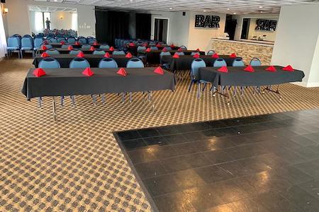 Days Inn Springfield / Philadelphia Int'l Airport - Red Iron American Room