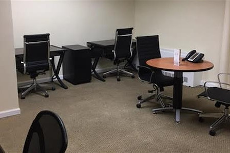 Jay Suites - Penn Station - Private Team Office