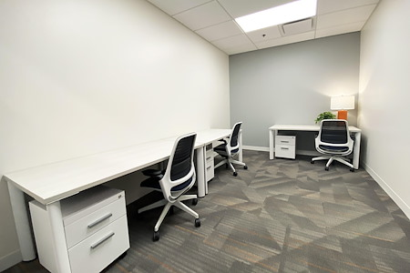 Office Evolution Fairfax - Office 124