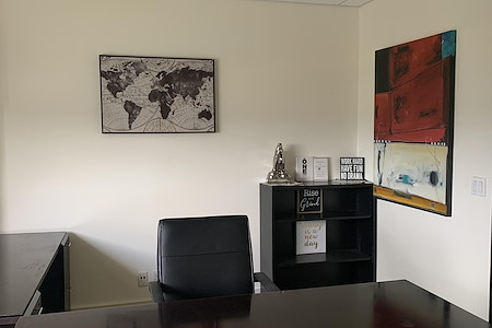 4ThePeople - Private Furnished Office With Water View
