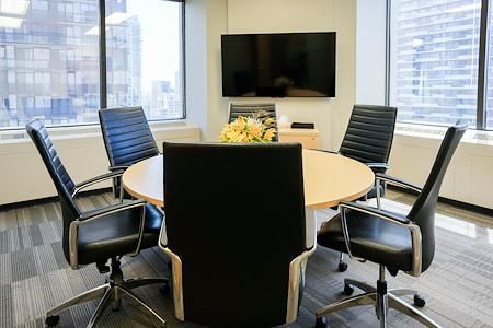 Intelligent Office Yonge Eglinton Centre - Cityview meeting room