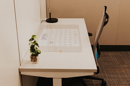Office Evolution Tampa | Harbour Island - Dedicated Desk