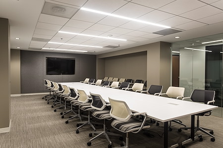 District Offices Farragut - The Farragut Boardroom