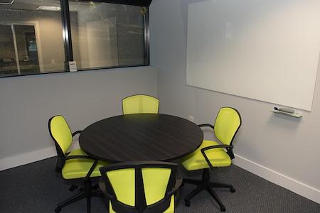 HeadRoom - Wayne - Office #4