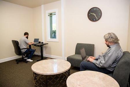 Amanda Wooldridge's - RiverView Flex Office