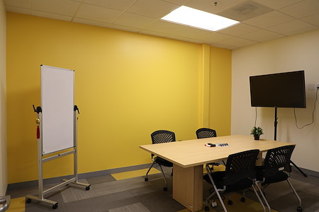 Z-Park Silicon Valley Innovation Center - ROOM 1040-Middle Size Meeting Room