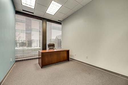 PinnStation Coworking - Private Office