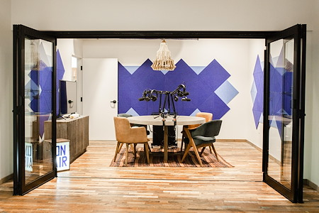UNITA Manhattan Beach - Podcast/meeting Room