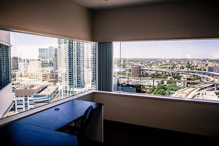 (MT1) Miami Tower - Premium Office