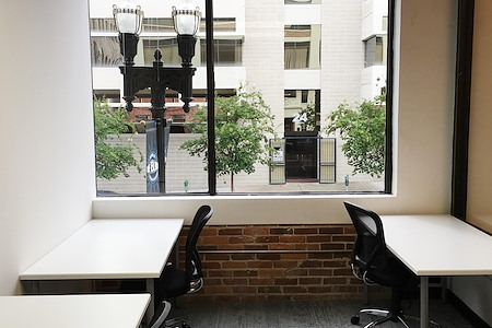 Expansive - Jacksonville - Dedicated Desk  Interior