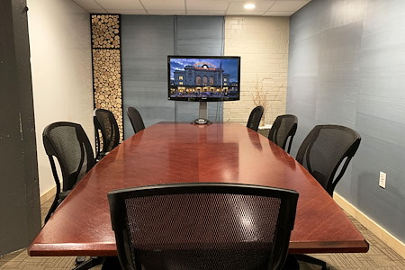 Thrive Workplace @ Ballpark - Thrive Workplace - Chat Room