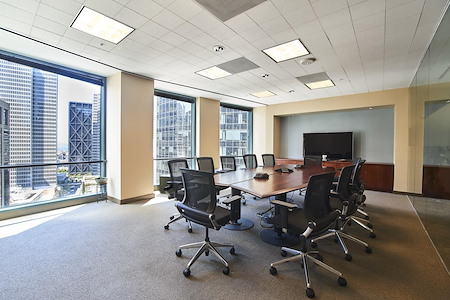 Raven Office Centers - 388 Market - Conference Room | Video Conferencing