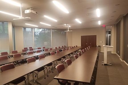 Intelligent Office - Bloomington - Lake Superior 1 Training Room