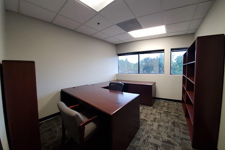 DemiSar Workspace - Private Office 215