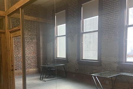 ExecuSuites - Office Suite 1