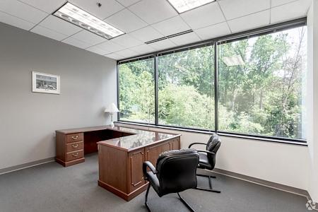 LocalWorks Alexandria - Office Suite