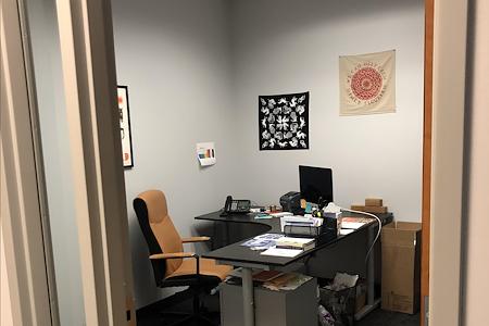 Skyland Management - Office 6