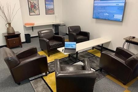 Cowork KCI - Team Meeting Room
