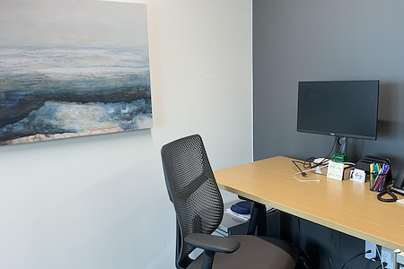 Venture X | The Realm at Castle Hills - Office Suite 305