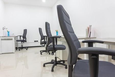 Centros de Negocios Avanti Explanada Puebla - Avanti Top (team office)