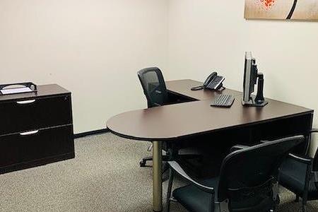 Avalon Suites - Tanglewood - Interior Office