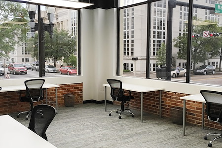 Expansive - Jacksonville - Private Office for 4
