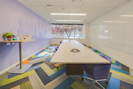 OneValley - Modern Conference Room w/ Projector