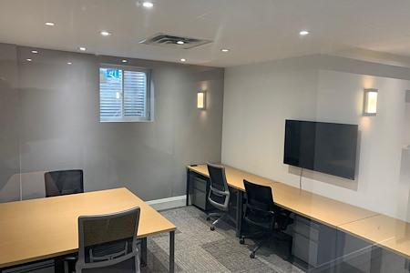 Venture X-  Village Centre Court - 6 person office