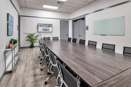 Overlake WorkSpace - Large Meeting Room / Classroom