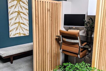 TrueWork - Dedicated Desk