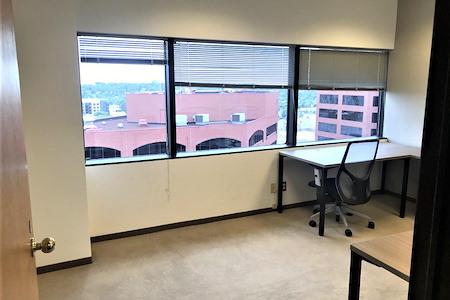 Regus | Colorado Springs - Downtown Alamo - Office 1117