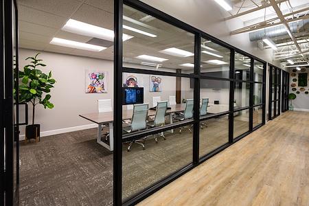 The Post Workspaces - San Miguel Meeting Room