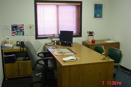 Som Soni's - Hourly Office