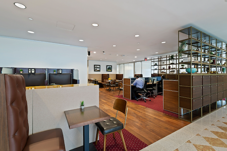 Servcorp - Houston Williams Tower - Coworking - Dedicated Desk