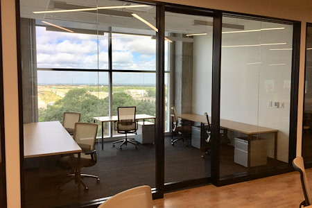 Venture X | Plano - Office Suite (4-person) Interior Space
