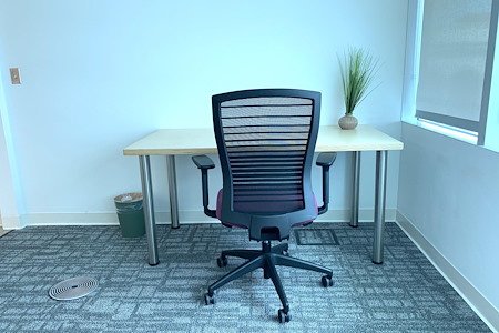 COMMON Workspace - Private Office [S]