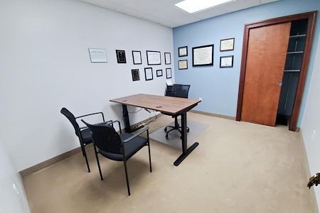 Lakeside Executive Suites - Interior Office for 1-3 people