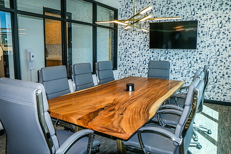 The 5TH Floor - Collaborator  Meeting Room