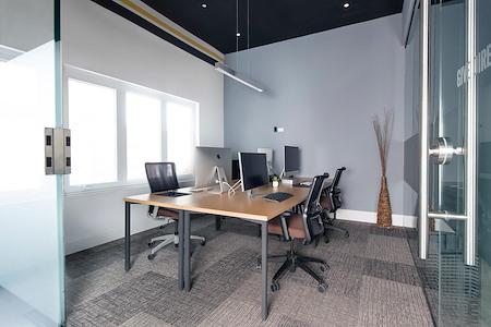 Venture X-  Village Centre Court - Office for 4