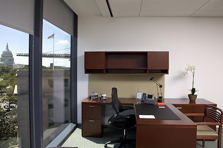 Carr Workplaces - Capitol Hill - Congressional Day Office