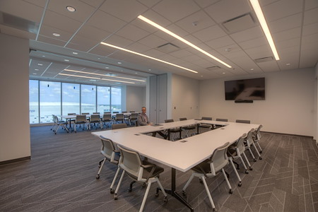e spaces Orlando - Eola and Winter Park- Meeting Room